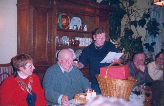 5d cembre 1998 75 me anniversaire du p re courtois for Chambre commerciale 13 octobre 1998