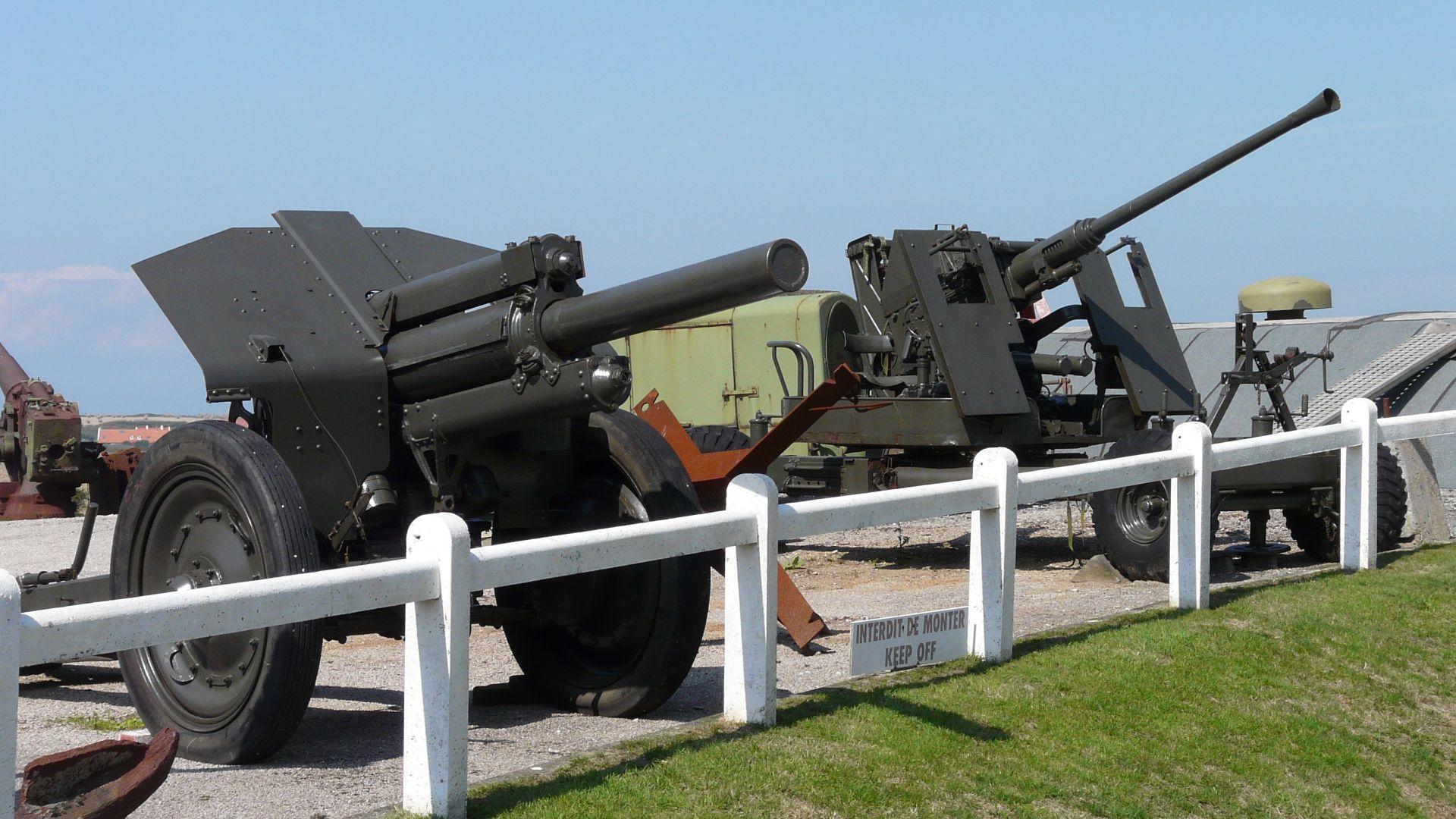 Batterie Todt Atlantic Wall Museum outdoor display.