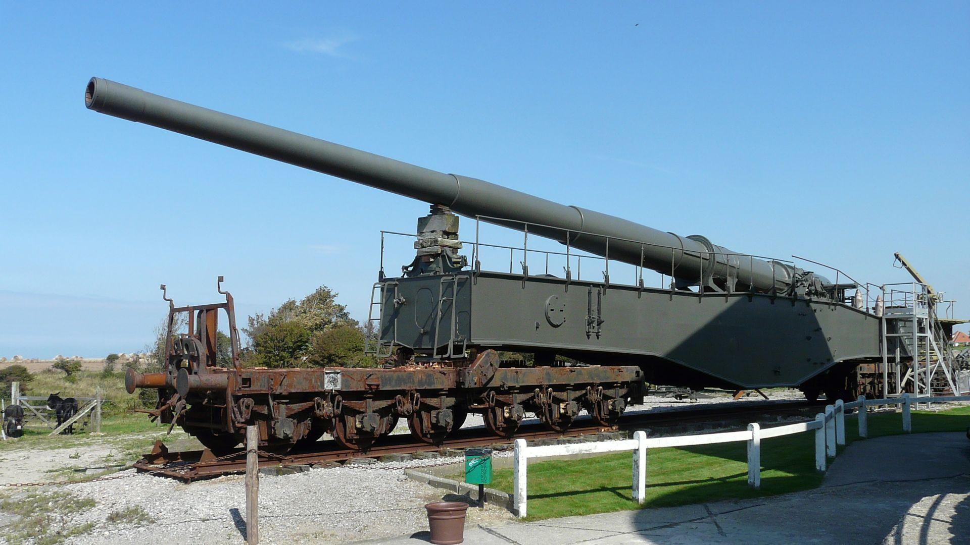 Batterie Todt Museum railway gun K5.